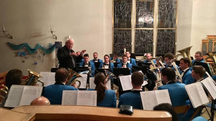 Edward Gregson als Gastdirigent bei der Brass Band Imperial Lenzburg