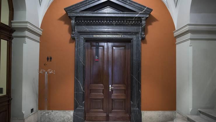 Die Kommissionen des Parlaments tagen jeweils hinter verschlossenen Türen.