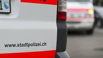 Die Stadtpolizei klärt derzeit diverse Details zum Unfallhergang ab.(Symbolbild)