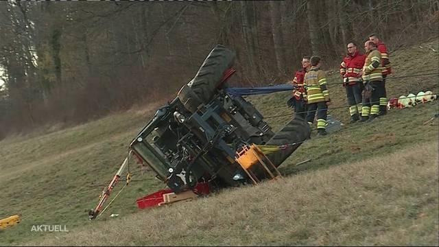 Unfall mit Traktor endet tödlich