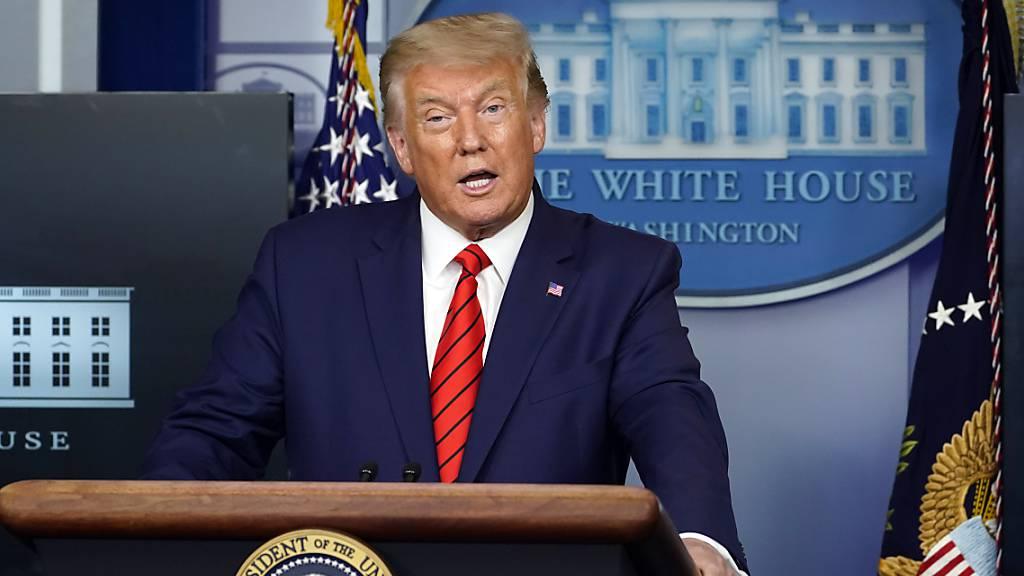 US-Präsident Donald Trump spricht auf einer Pressekonferenz im Weißen Haus. Foto: Andrew Harnik/AP/dpa