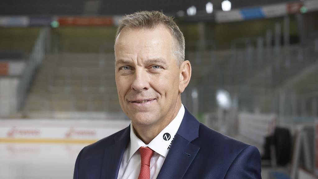 Tommy Albelin bleibt bis 2024 Assistenztrainer des Schweizer Eishockey-Nationalteams.