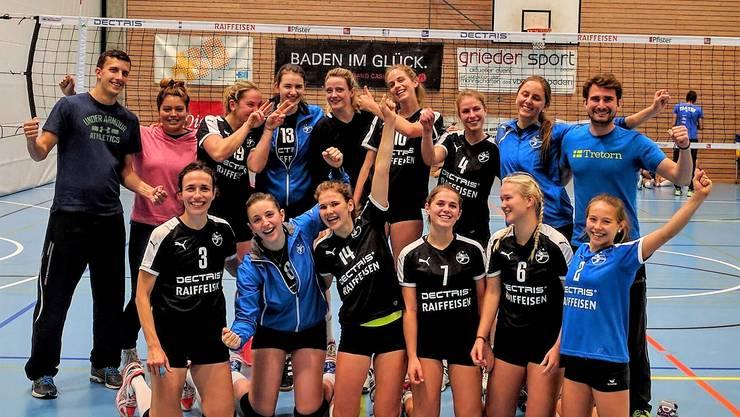 Die Damen des VBC Kanti Baden sichern sich zwei Runden vor Schluss den Aargauermeistertitel.