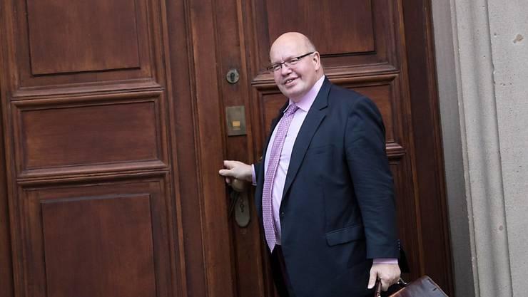 """Kurz vor dem Ziel kommen Union und SPD bei ihren Sondierungen für eine Regierungsbildung nur sehr mühsam voran. Die Zeit drängt. Und """"wir haben noch viel Arbeit vor uns"""", sagte Kanzleramtsminister Peter Altmaier (CDU).  (Archivbild)"""