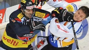 Klotens Stancescu (l.) und Berns Neuenschwander liessen die Fäuste sprechen