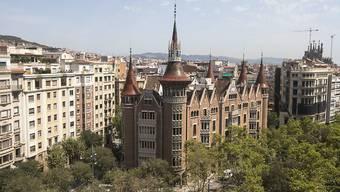 Aufatmen in Portugal und Spanien: Beide Länder erhalten Straferlass.  Im Bild ist das Casa de Les Punxes in Barcelona zu sehen. (Archiv).