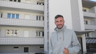 Der Fussballprofi Arbnor Fejzulahi (zurzeit Neuenburg Xamax) freut sich, dass er in Grenchen im Haus von Granit Xhaka wohnt.