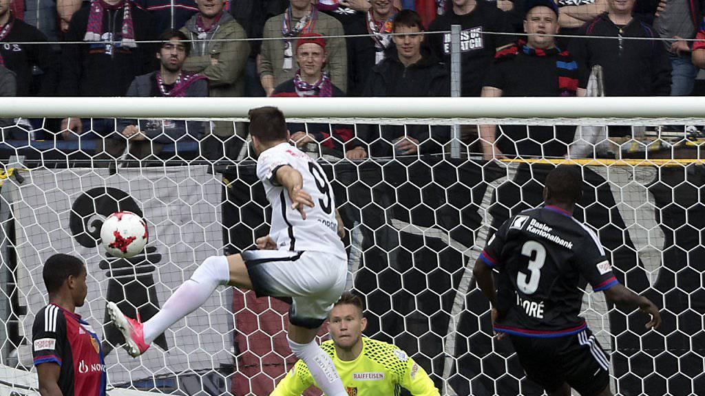 Der erste Streich: Dejan Sorgic erzielt das 1:0 in Basel