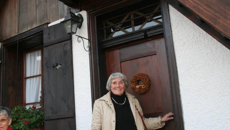 Die Retterin des Schüeli: Rosemarie Stucki ist zufrieden.