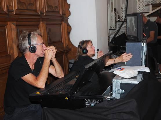 Das Schweizer Fernsehen und Radio übertrug die Messe live.