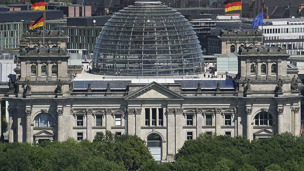 Grosse Koalition in Deutschland wieder eine Mehrheit