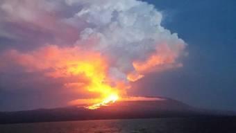 Der erste Ausbruch des Vulkans Wolf auf der Isabela Insel auf den Galapagos seit rund 35 Jahren