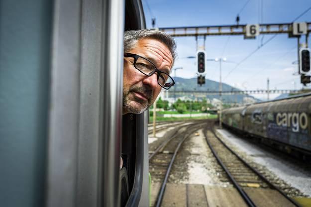 Karl Imholz stammt aus einer Urner Eisenbahnerfamilie. Er sagt: «Lokführer ist eine gute Arbeit, aber auch eine komische. Weder arbeitet man im Büro, noch als Handwerker – man fährt Züge durchs Land.»