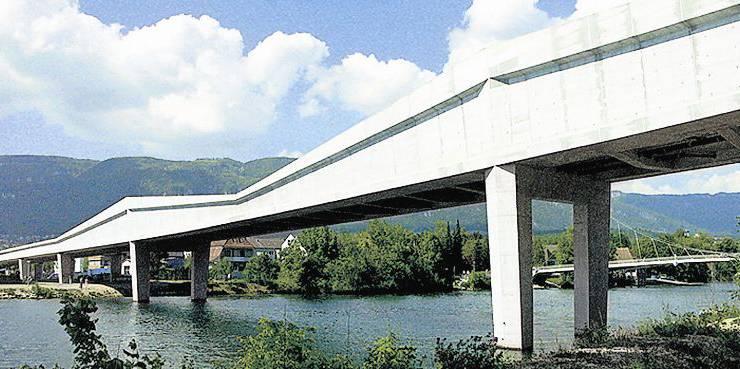 Bereits im Jahr 1972 wurde ein erstes Projekt zur Westtangente vorgelegt, realisiert werden konnte die 1,8 km lange Umfahrung von Solothurn zwischen 2006 und 2008. Die 400 m lange Autobrücke wurde vom Ingenieurbüro Fürst Laffranchi in Wolfwil projektiert und leitet sich von der Interpretation der Umfahrungsstrasse als Kanal ab. Ziel war, Funktion und Gestaltung in Einklang zu bringen.