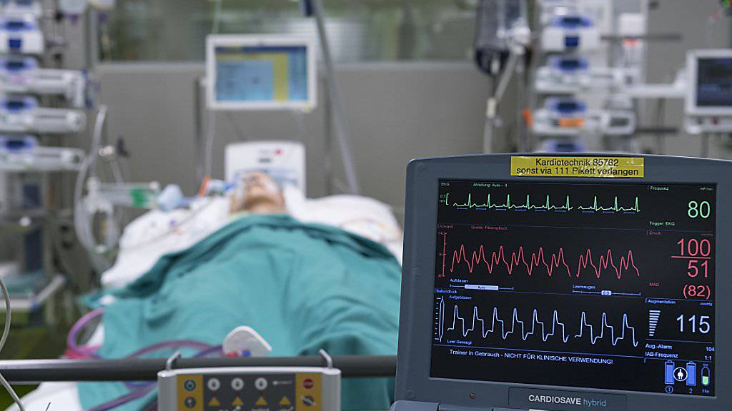 Knapp sechs Prozent der Patienten erleiden während eines Spitalaufenthalts eine Infektion. (Archivbild)