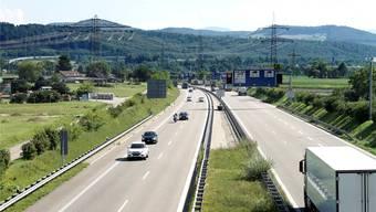 Die A861, hier in Blickrichtung Schweiz, ist als Verbindung von der schweizerischen A3 zur deutschen A98 und nicht für den Transitverkehr gebaut worden. (Archivbild)