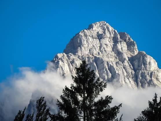 Der Triglav ist der höchste Berg Sloweniens. Seine Bergspitzen zieren auch das Wappen des Landes. Bild: Getty Images