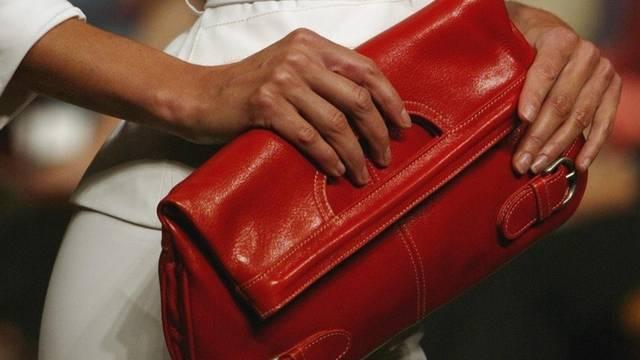 Den Handtaschendieben wurde das Handwerk gelegt (Symbolbild)