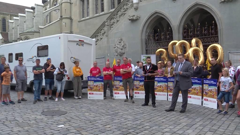 Junge SVP reicht Referendum gegen Transitplatz für Fahrende ein