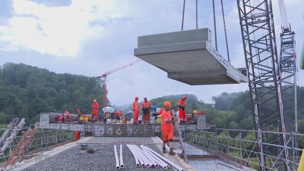 Vollgas auf der Baustelle Saaneviadukt: Bald rollen wieder Züge