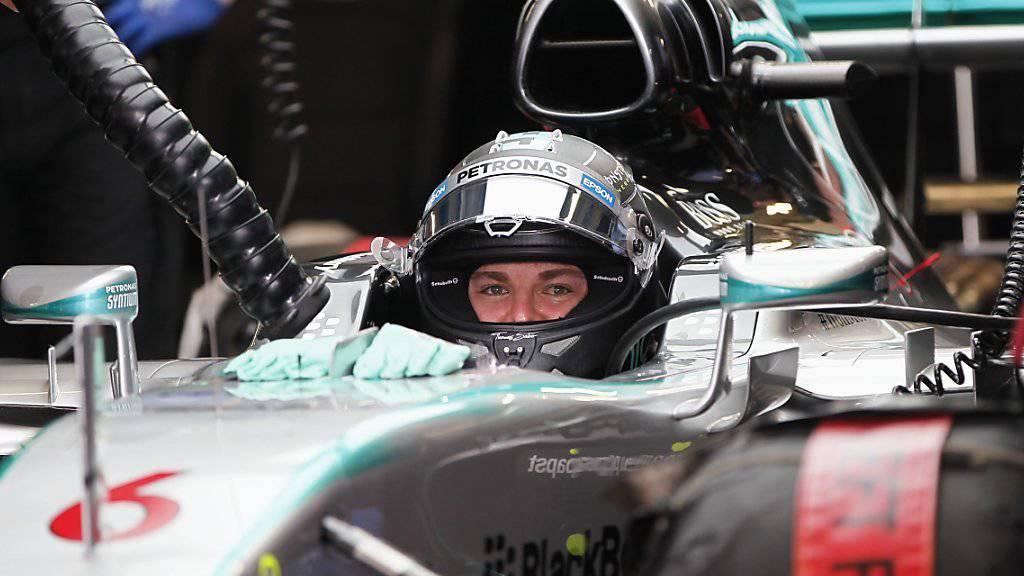 Nico Rosbergs Augen leuchten unter dem Helm nach seiner Bestzeit