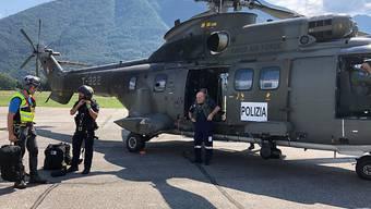 Die Schweizer Armee unterstützt die Tessiner Kantonspolizei bei der Suche nach einem Vermissten mit einem Superpuma.