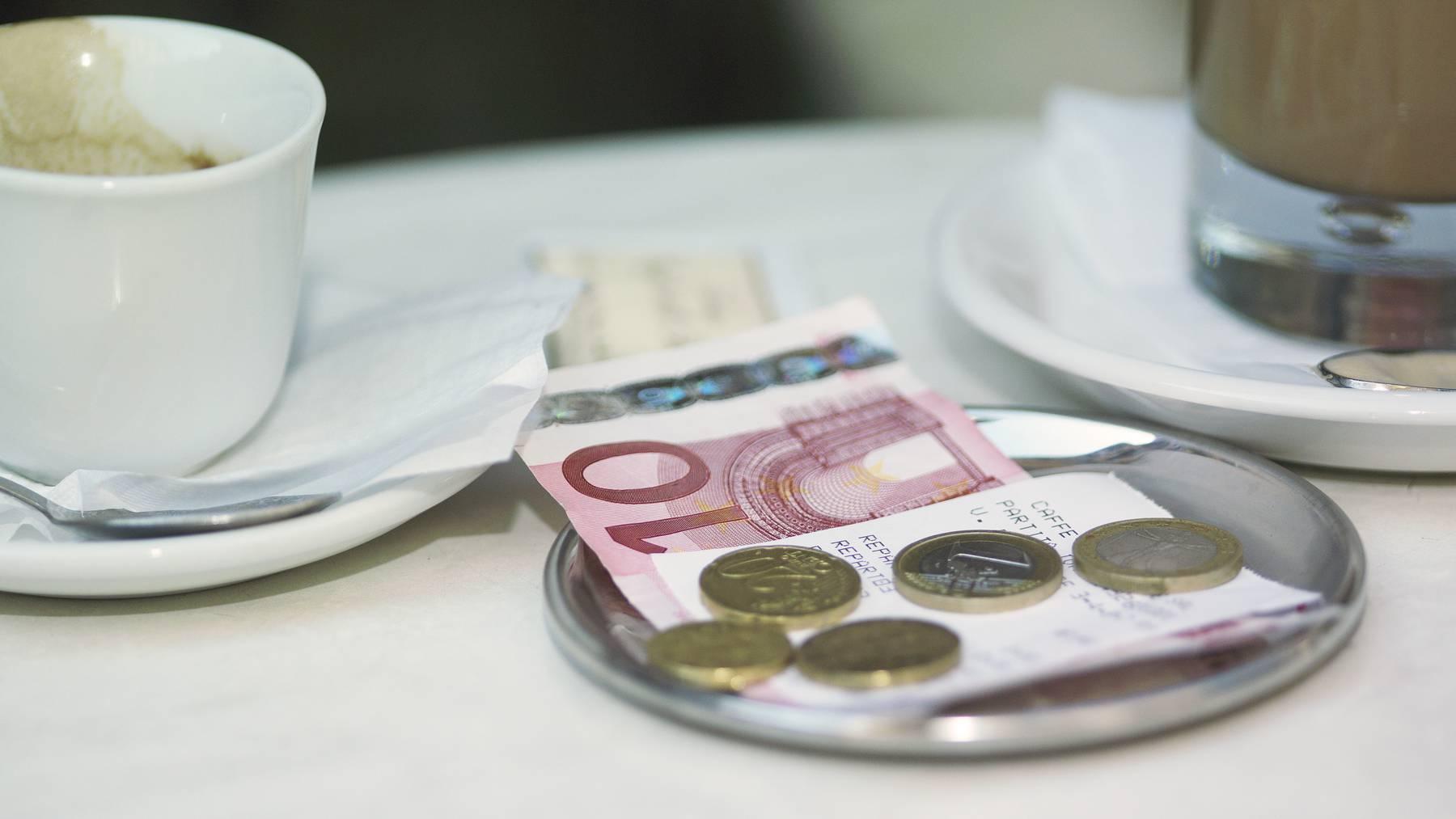In manchen Ländern wird Trinkgeld erwartet.