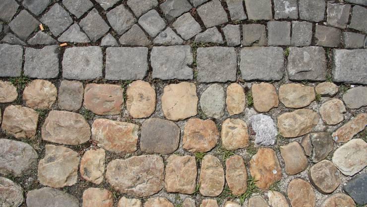 Strassenpflaster in der Stadt Solothurn: Hier auf dem Klosterplatz