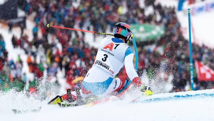 Daniel Yule liess sich im Slalom von Kitzbühel auch von starkem Schneefall nicht aus dem Konzept bringen.