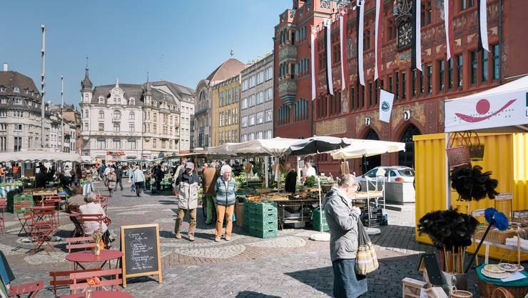 Ab Montag werden auf dem Marktplatz wieder Marktstände stehen, die Anzahl Besucher wird aber auf eine Person pro zehn Quadratmeter beschränkt.