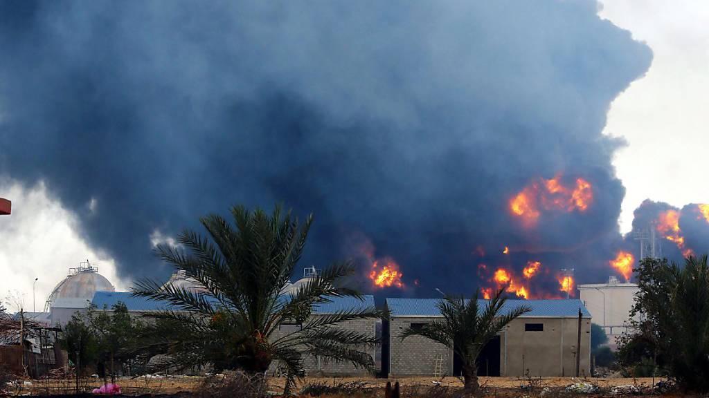 Die libysche Hauptstadt Tripolis ist weiterhin bedroht von Rivalitäten zwischen verschiedenen Milizen und andererseits vom den Osten des Landes beherrschenden General Haftar.
