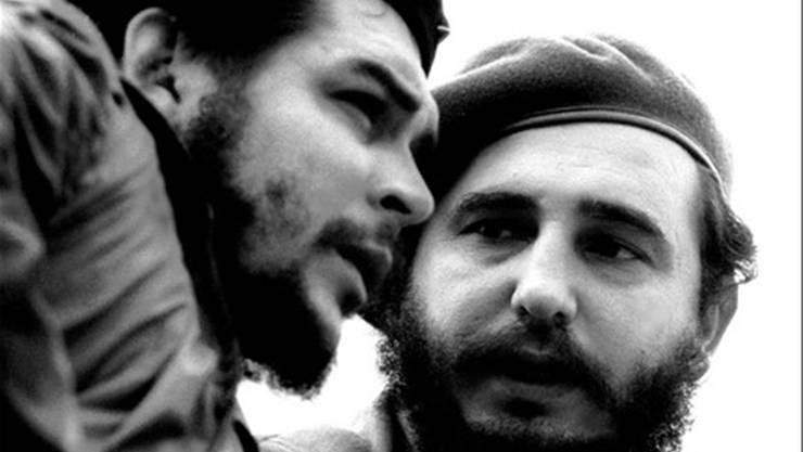 Anfang 1959 stürzten die kubanischen Revolutionäre unter der Führung von Fidel und Raul Castro, Camilo Cienfuegos und Ernesto Guevara den kubanischen Diktator Fulgencio Batista und errichteten ab 1961 (Deklaration von Havanna) einen sozialistischen Staat.