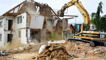 Neuendorf: Oeggerli-Haus muss Überbauungen weichen