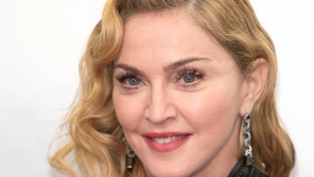 Die 61-jährige Sängerin Madonna hat das erste von mehreren geplanten Konzerten ihrer «Madame X»-Tour in London kurzfristig abgesagt. Gründe für die Absage wurden nicht genannt.
