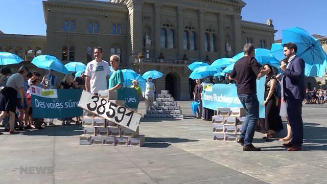Hilfswerke sammeln über 38'000 Unterschriften für sichere Fluchtwege
