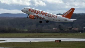 Easyjet gibt in der Schweiz weiter Gas. An die Wachstumszahlen vom Vorjahr kann der Billigflieger allerdings nicht anknüpfen. (Archiv)