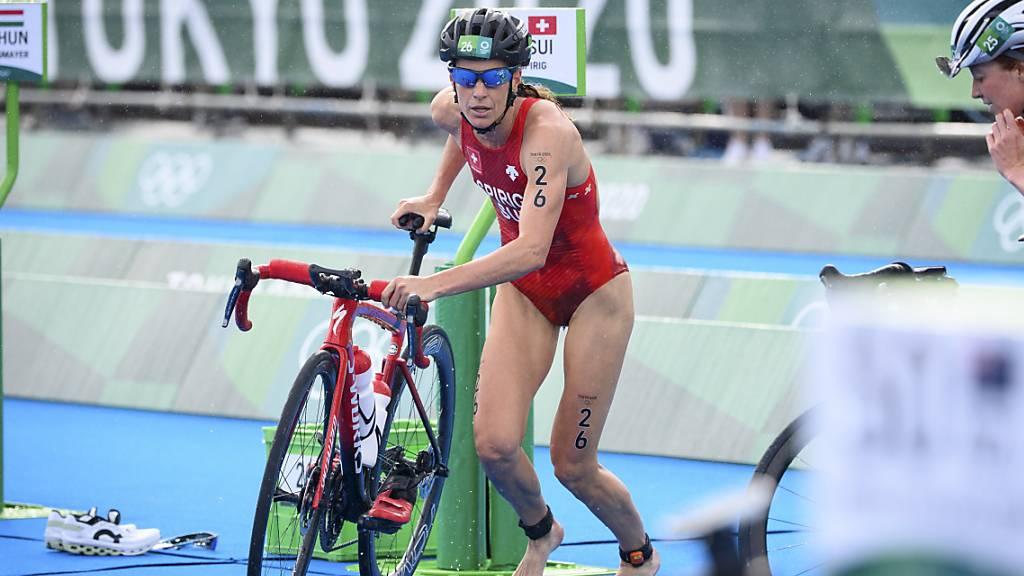 Nicola Spirig nach dem Schwimmen  in der Wechselzone