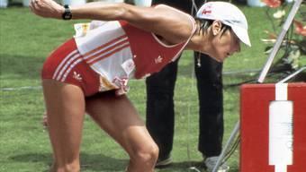 Gaby Andersen-Schiess schleppt sich bei den Olympischen Spielen 1984 in Los Angeles mit letzter Kraft ins Ziel