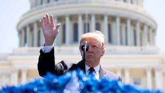 Die westliche Demokratie kriselt, während China nach der Macht greift. Mit Donald Trump an der Macht sind die USA schlecht für die zu erwartende Konfrontation gerüstet.