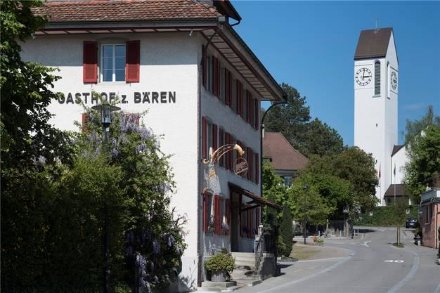 Das stattliche Haus an der Kirchstrasse prägt das Birmenstorfer Dorfbild.