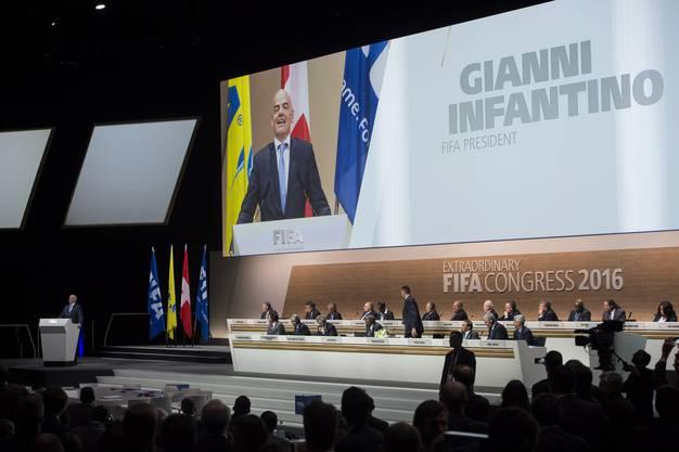 Der Nachfolger von Fussball-König Sepp Blatter heisst: Gianni Infantino
