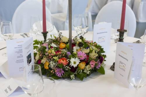 Dekoration durch Blattform Aarau und Blütentanz Küttigen