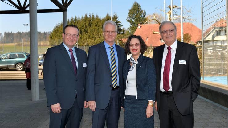 V. l.: Thomas Vogt, Vorsitzender der Geschäftsleitung, die neuen Verwaltungsräte Konrad Althaus und Christine Davatz und VR-Präsident Theodor F. Kocher. om