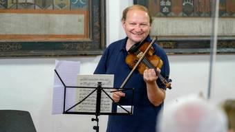 Markus Lehmann: «Die Violine ist im Laufe der Zeit nie abgeändert worden. Wir spielen heute noch auf vier Saiten, was mich einfach staunen lässt.» Mario Heller