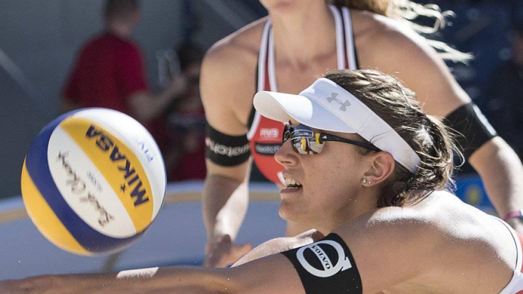Tanja Hüberli (vorne) und Nina Betschart schafften es zuletzt im kroatischen Porec zum zweiten Mal in ihrer Karriere aufs World-Tour-Podest