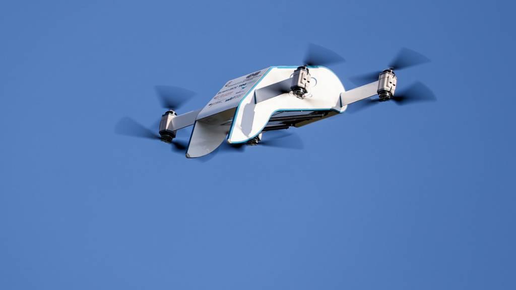 Die Obwaldner Firma Maxon vernetzt sich bei der Drohnenproduktion. (Symbolbild)
