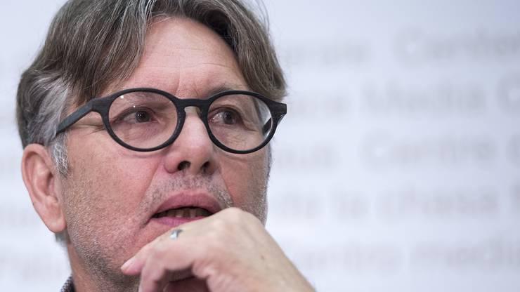 Hanspeter Thür ist Stadtrat von Aarau und war früher Nationalrat für die Grünen und Datenschutzbeauftragter.