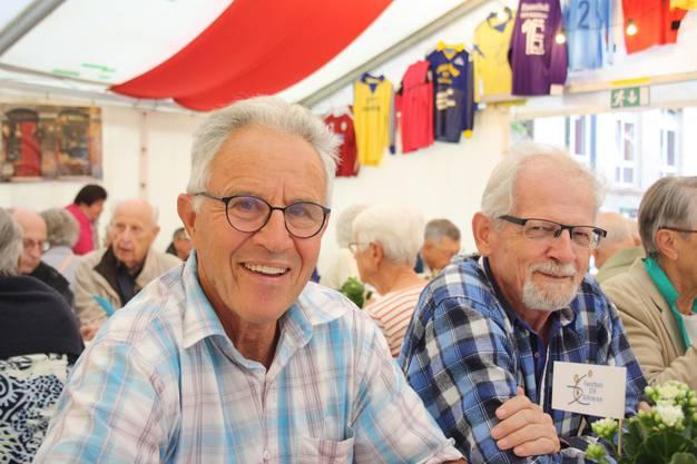 Sie haben denselben Jahrgang: Alt-Gemeinderat Jürg Brem und Alphons Hintermann sind beide 1944 zur Welt gekommen.