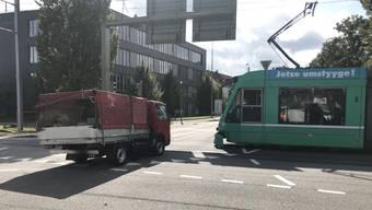 Der Unfall geschah an der Rennbahnkreuzung.