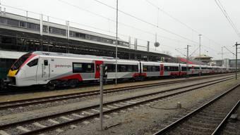 Dieser Zug fährt eigentlich in London, statt in Konstanz.